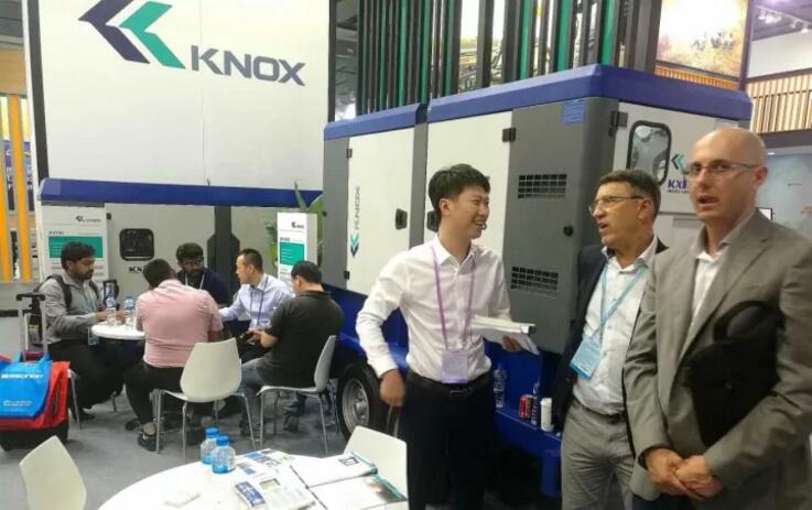 Живой отчет о выставке | На выставке появляется президент KIPOR Group Сяо Хэнглин